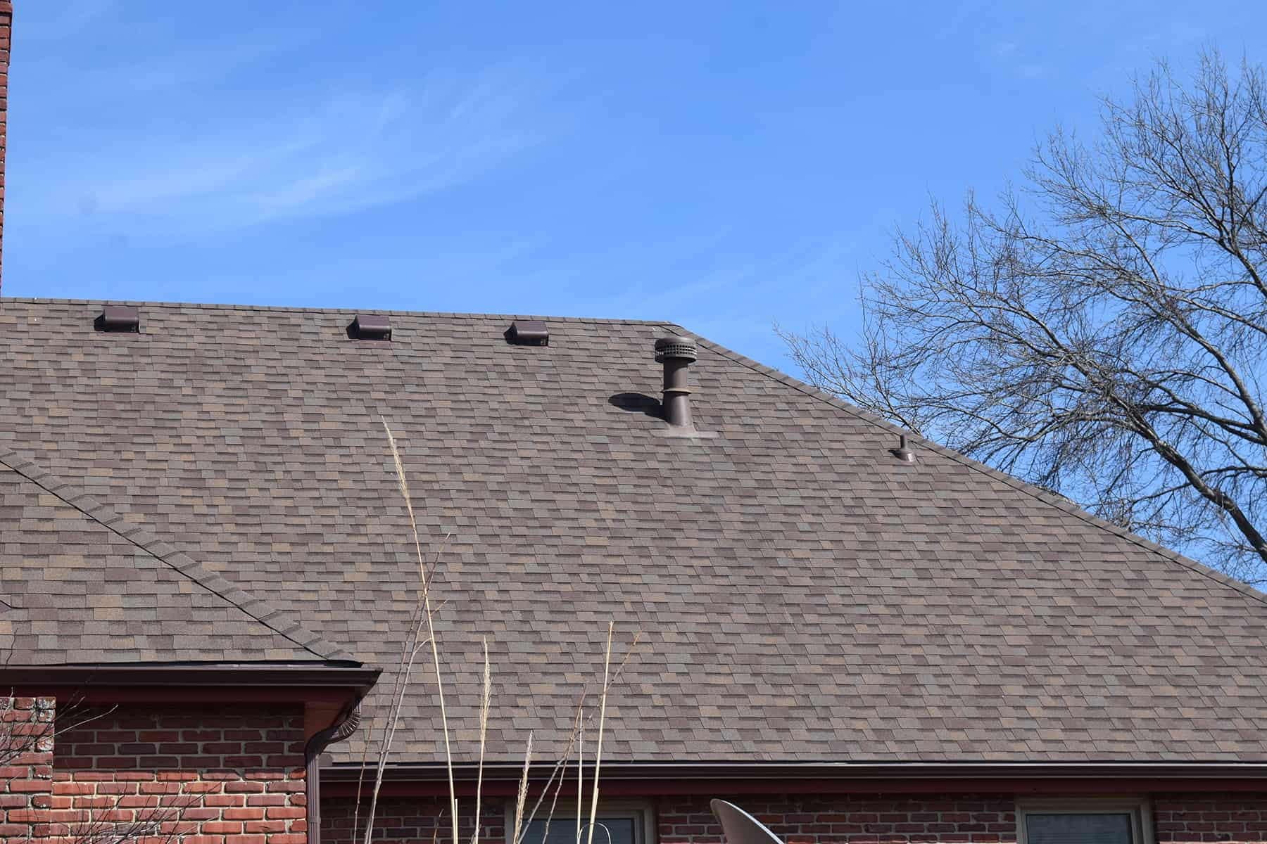 cost to replace a roof on a 2500 square foot house