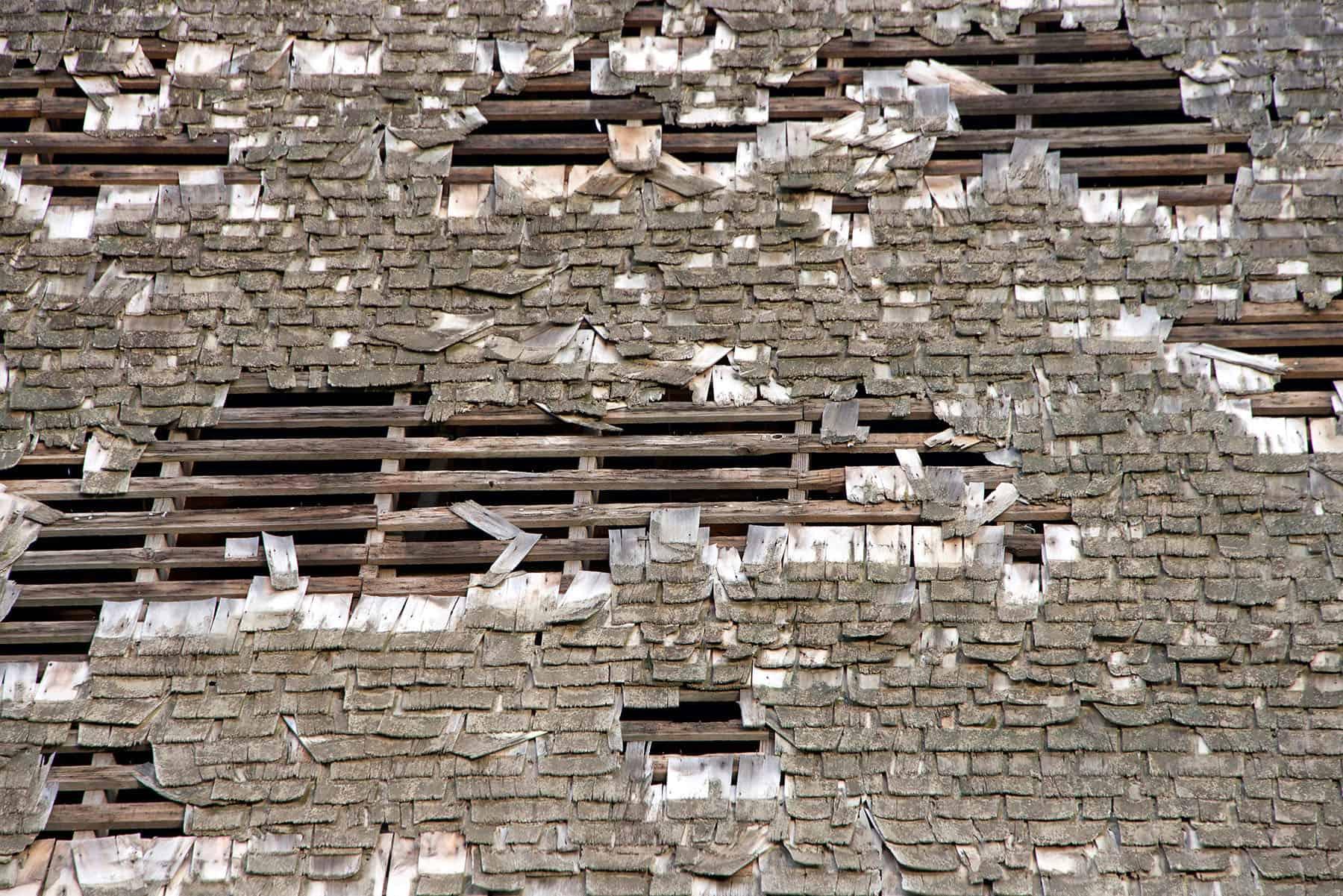 cedar shake roof life expectancy