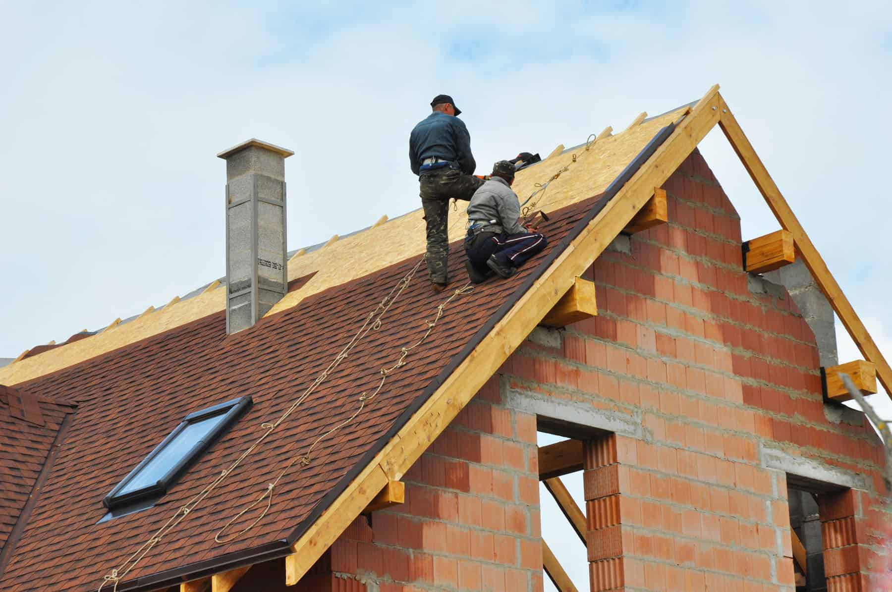 how long does a new roof usually last